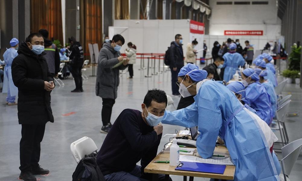 Một điểm tiêm chủng Covid-19 tại quận Triều Dương, Bắc Kinh, Trung Quốc hồi tháng 3. Ảnh: Global Times.