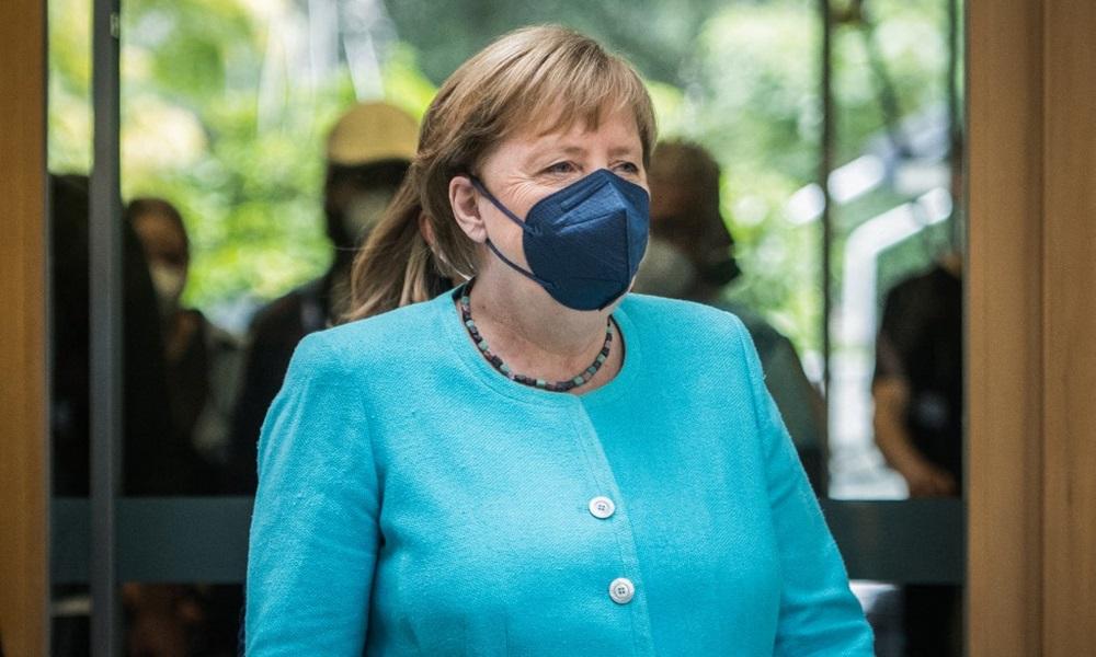 Thủ tướng Đức Angela Merkel tới tại cuộc họp báo ở Berlin hôm nay. Ảnh: AFP.