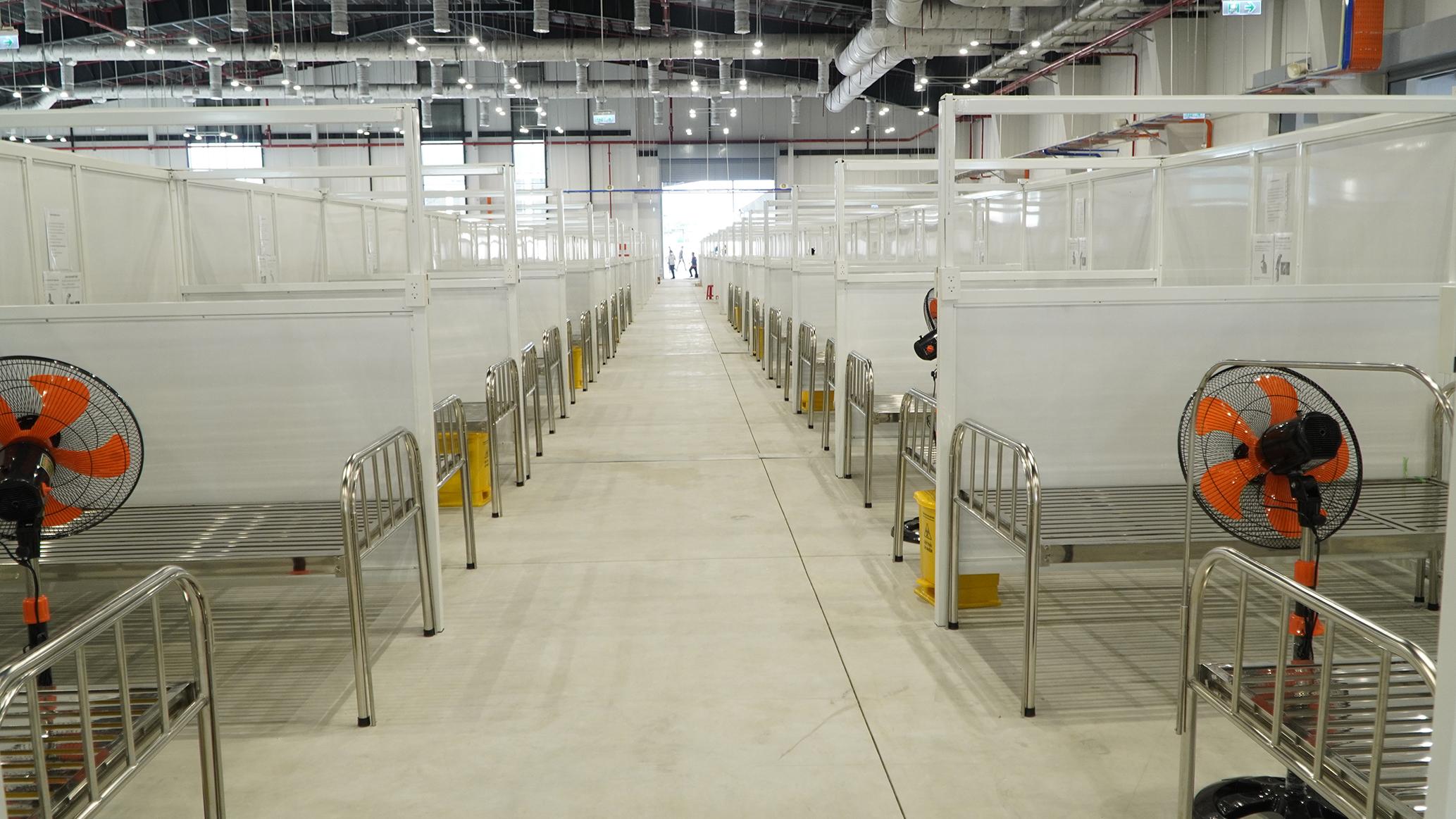 Bệnh viện dã chiến ở TP Thủ Dầu Một với 1.500 giường. Ảnh: Thái Hà