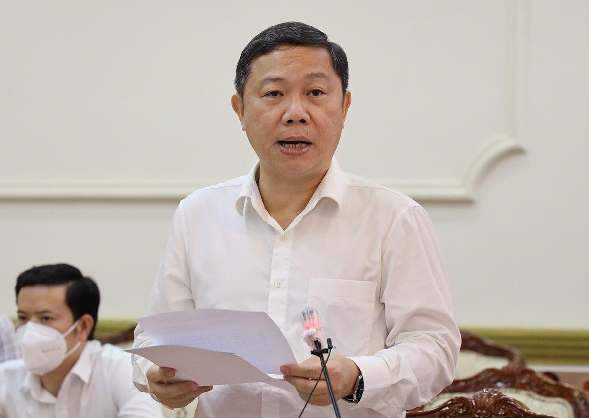 Phó chủ tịch UBND TP HCM Dương Anh Đức phát biểu tại cuộc họp chiều 23/7. Ảnh: Trung tâm báo chí TP HCM.