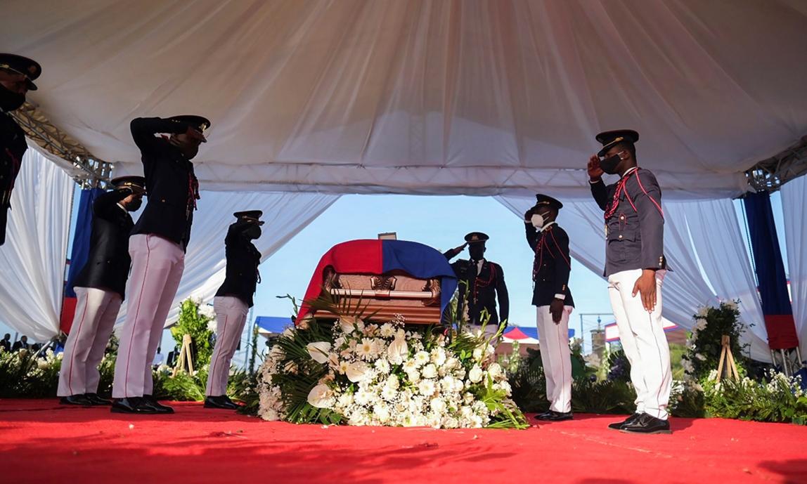 Lễ tang Tổng thống Haiti Moise tại Cap-Haitien hôm 23/7. Ảnh: Reuters.