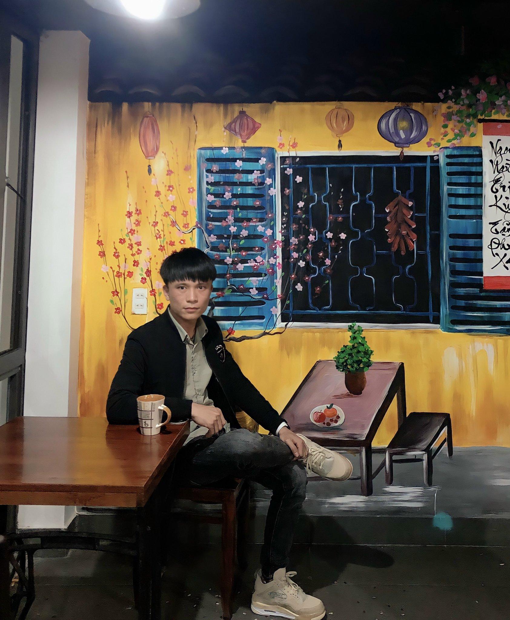 Hoàng Mạnh Tiến chọn học lập trình tại FUNiX vì thích mô hình học trực tuyến khuyến khích học nhanh, đi làm sớm và cách học chủ động tại đây.