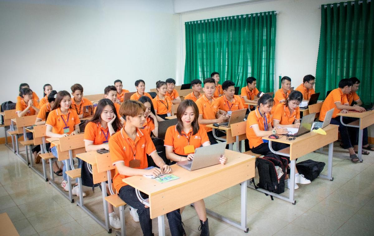 70% thời lượng học của sinh viên FPT Polytechnic là thực hành.