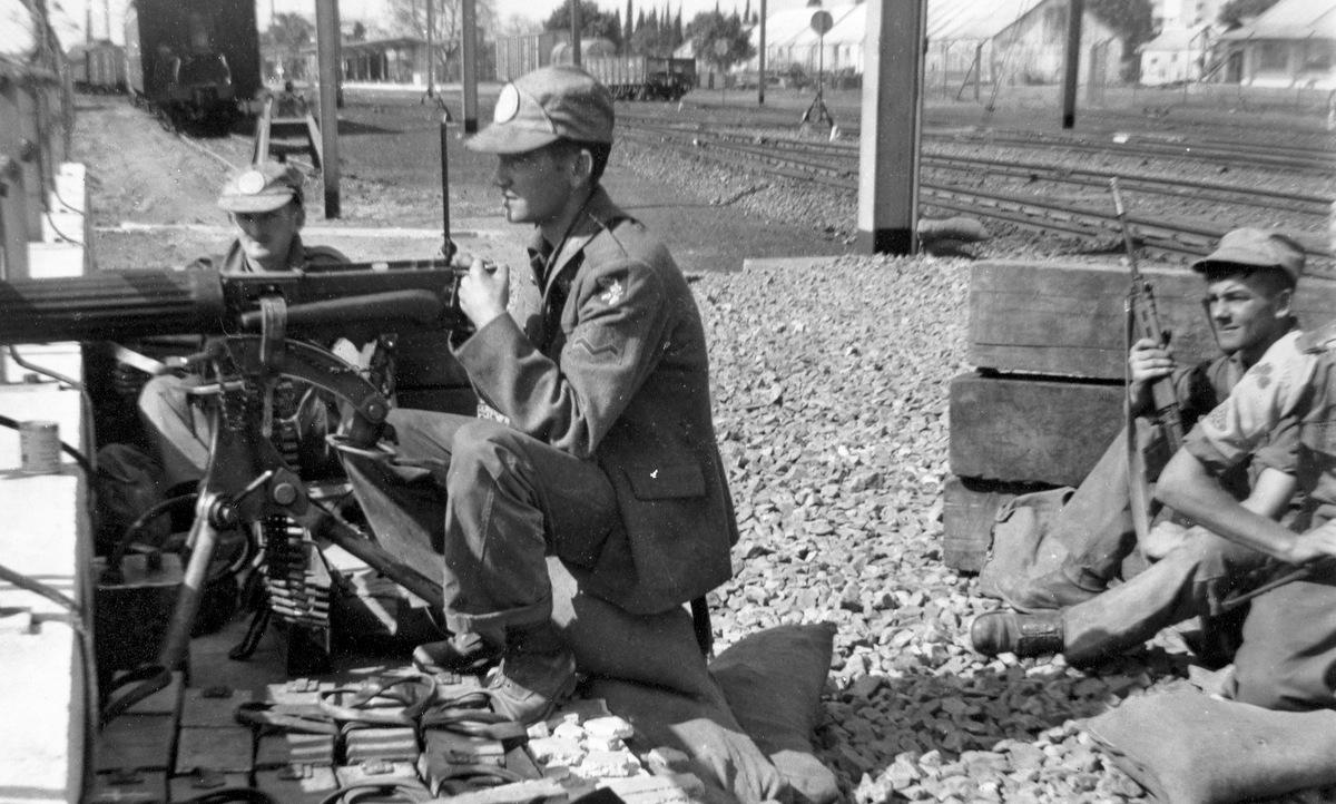 Lính gìn giữ hòa bình Ireland triển khai ở Cộng hòa Congo năm 1960. Ảnh: Wikipedia.