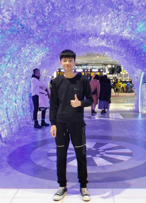 Trần Cao Sơn, thủ khoa khối A với 29,55 điểm. Ảnh: NVCC.