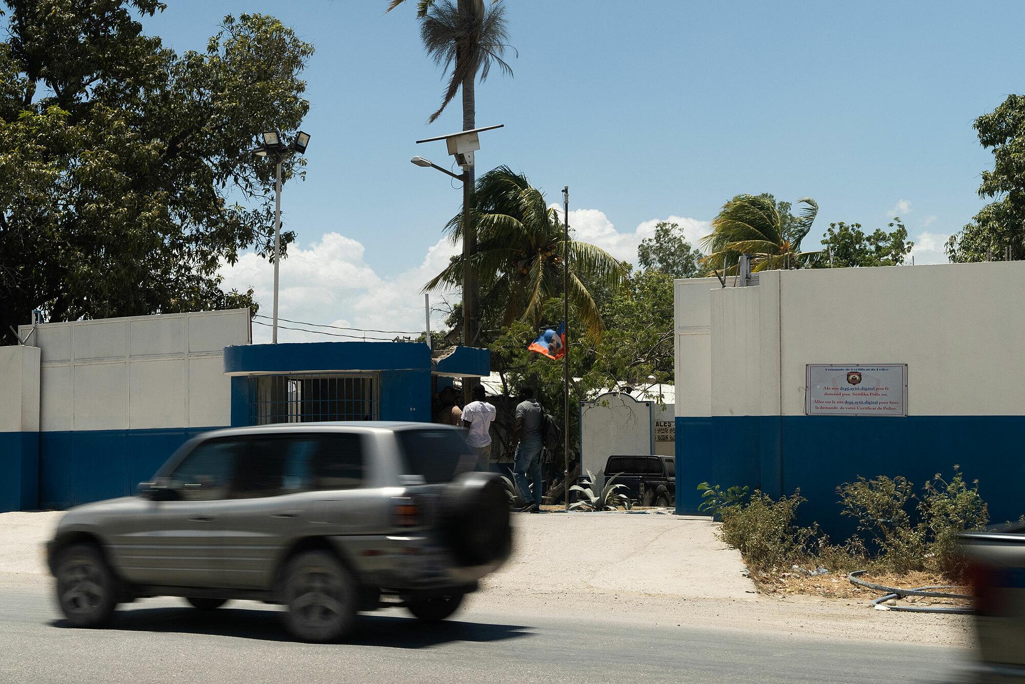 Trụ sở cảnh sát tư pháp Haiti, nơi tạm giữ các nghi phạm và vật chứng then chốt cho cuộc điều tra. Ảnh: CNN.