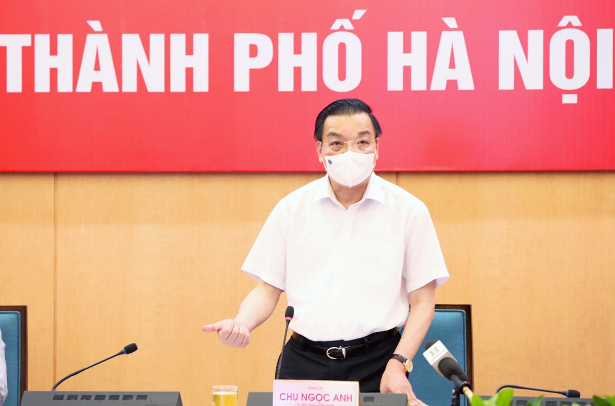 Chủ tịch UBND TP Hà Nội Chu Ngọc Anh tại buổi họp trực tuyến ngày 28/7. Ảnh: Xuân Hải.