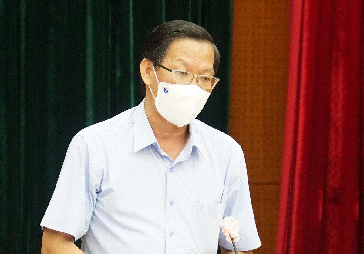 Phó bí thư Thành ủy TP HCM Phan Văn Mãi. Ảnh: Mạnh Tùng.
