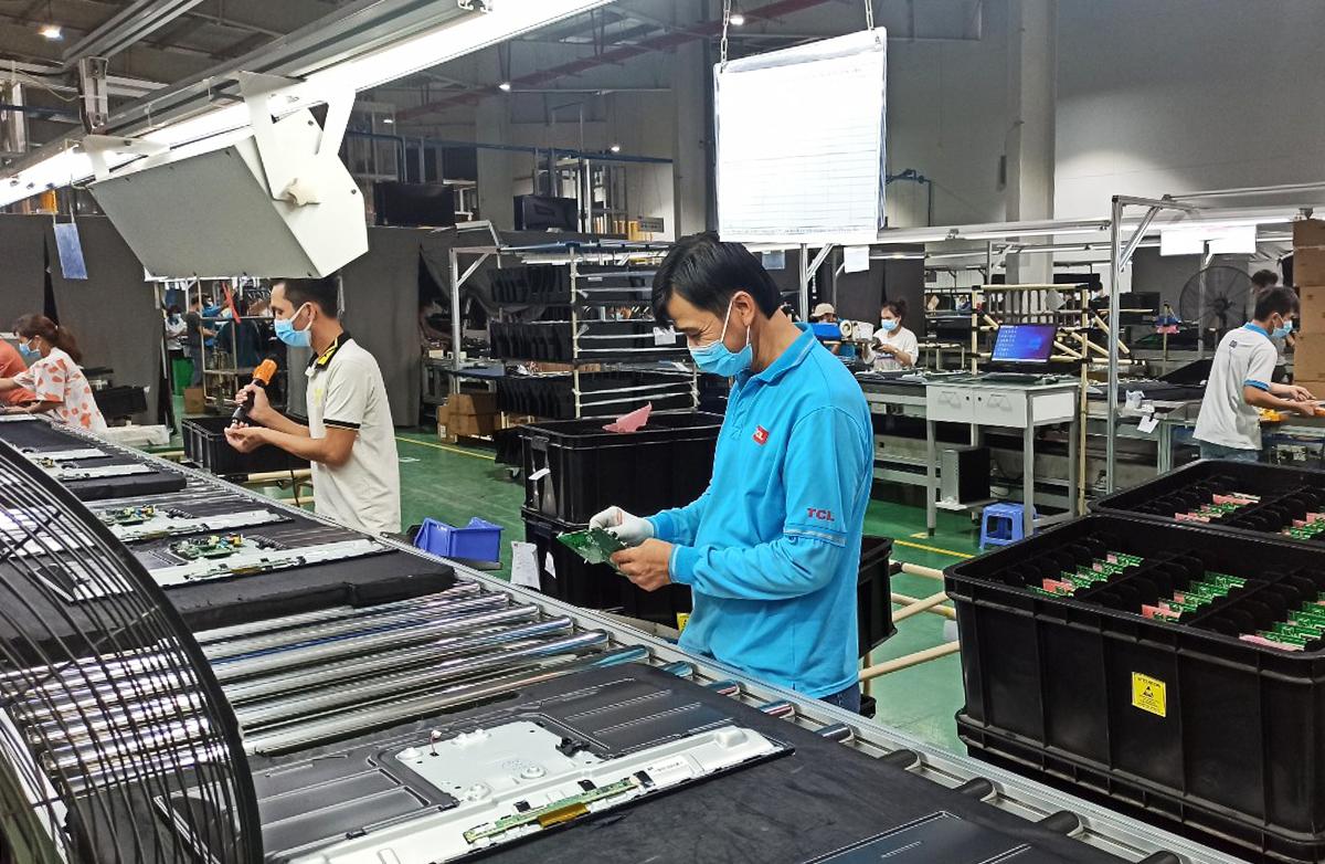 Nhà máy TCL có hơn 1.000 công nhân ăn ở, làm việc tại chỗ. Ảnh: An Phương.