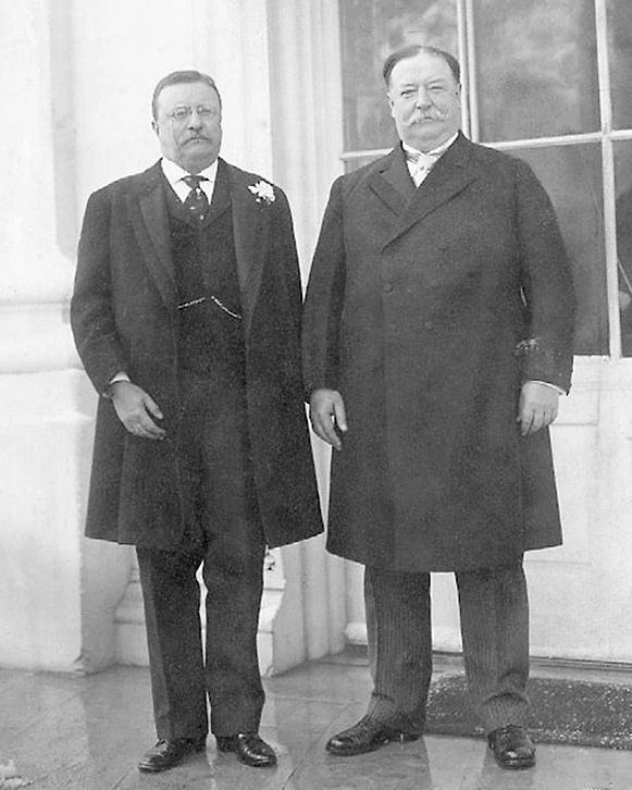 Cựu Tổng thống Theodore Roosevelt (trái) và người kế nhiệm, William Taft trước lễ nhậm chức Tổng thống của Taft năm 1909. Ảnh: NYT