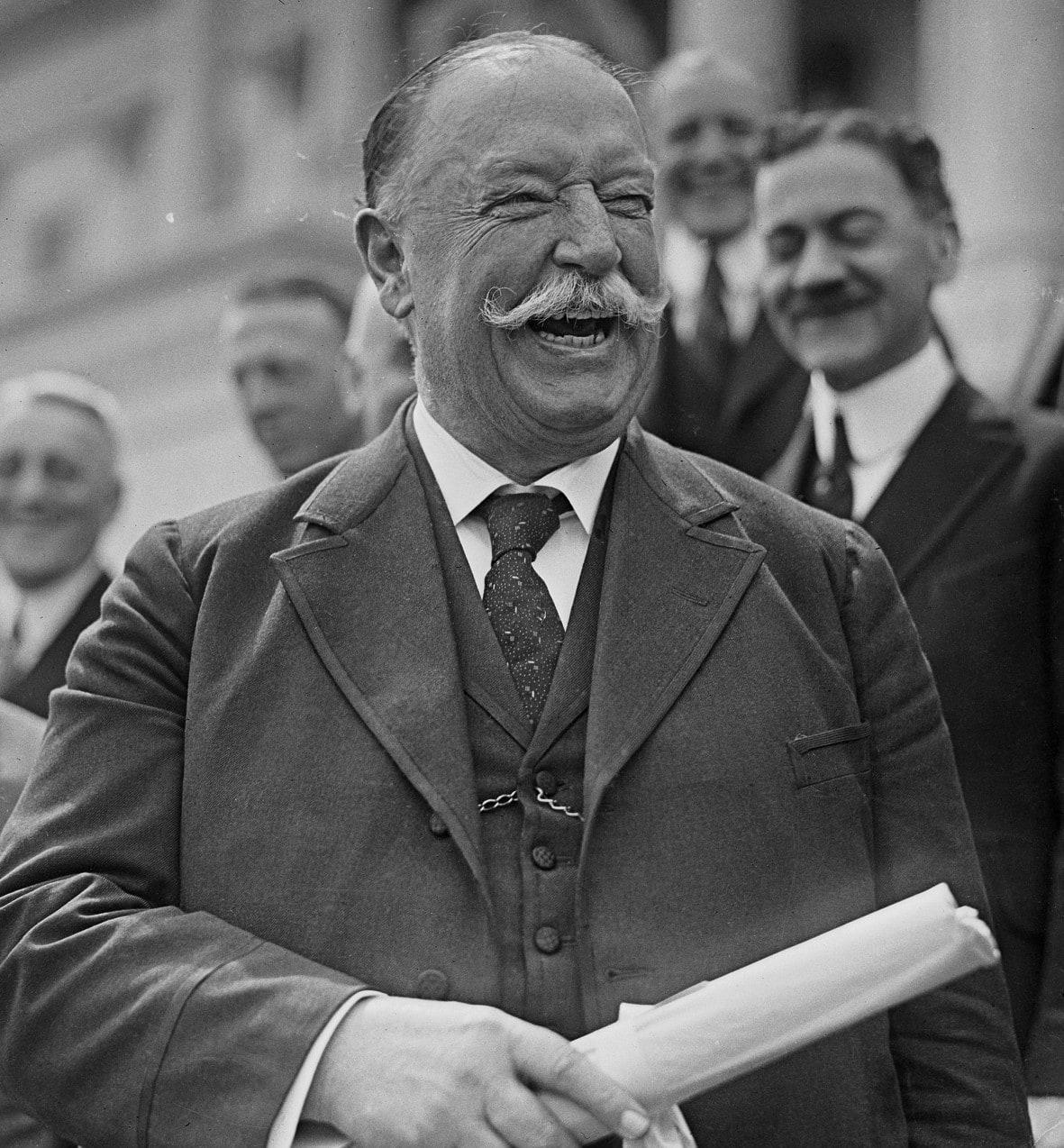 Khi làm Chánh toà Tối cao, William Taft được công chúng yêu mến vì sự hóm hỉnh, công tâm và điềm đạm. Ảnh: Histroy