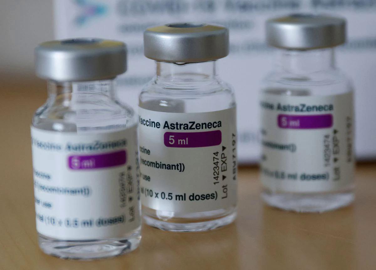 Các lọ vaccine AstraZeneca ở Áo hồi tháng 4. Ảnh: Reuters.