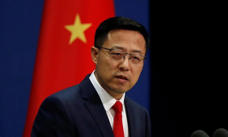 Phát ngôn viên Bộ Ngoại giao Trung Quốc Triệu Lập Kiên trong cuộc họp báo ở Bắc Kinh hồi tháng 9/2020. Ảnh: Reuters.