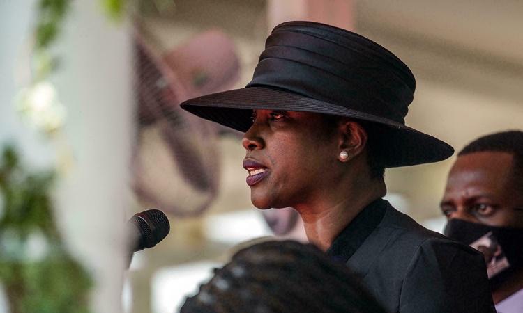 Đệ nhất phu nhân Haiti Martine Moise phát biểu trong tang lễ của chồng tại thành phố ven biển Cap-Haitien ngày 23/7. Ảnh: AFP.