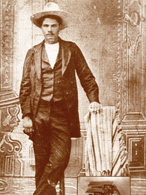John Wesley Hardin dược mệnh danh Gentle killer- quý ông sát thủ vì tuyên bố chỉ giết những người cần giết. Ảnh: El Paso Times