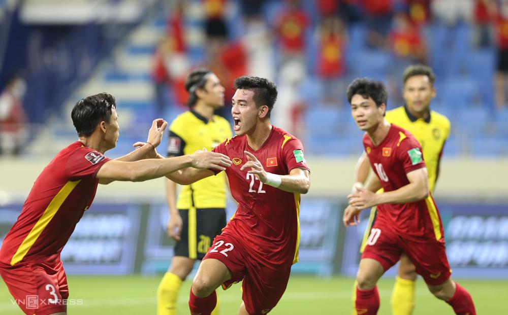 """ทีมเวียดนามจะรวมตัวกันที่ฮานอยในวันที่ 5 สิงหาคม เพื่อฝึกซ้อมเพื่อเตรียมพร้อมสำหรับรอบคัดเลือกรอบที่สามของฟุตบอลโลก 2022 - ภูมิภาคเอเชีย  ภาพถ่าย: """"Lam Thua ."""""""
