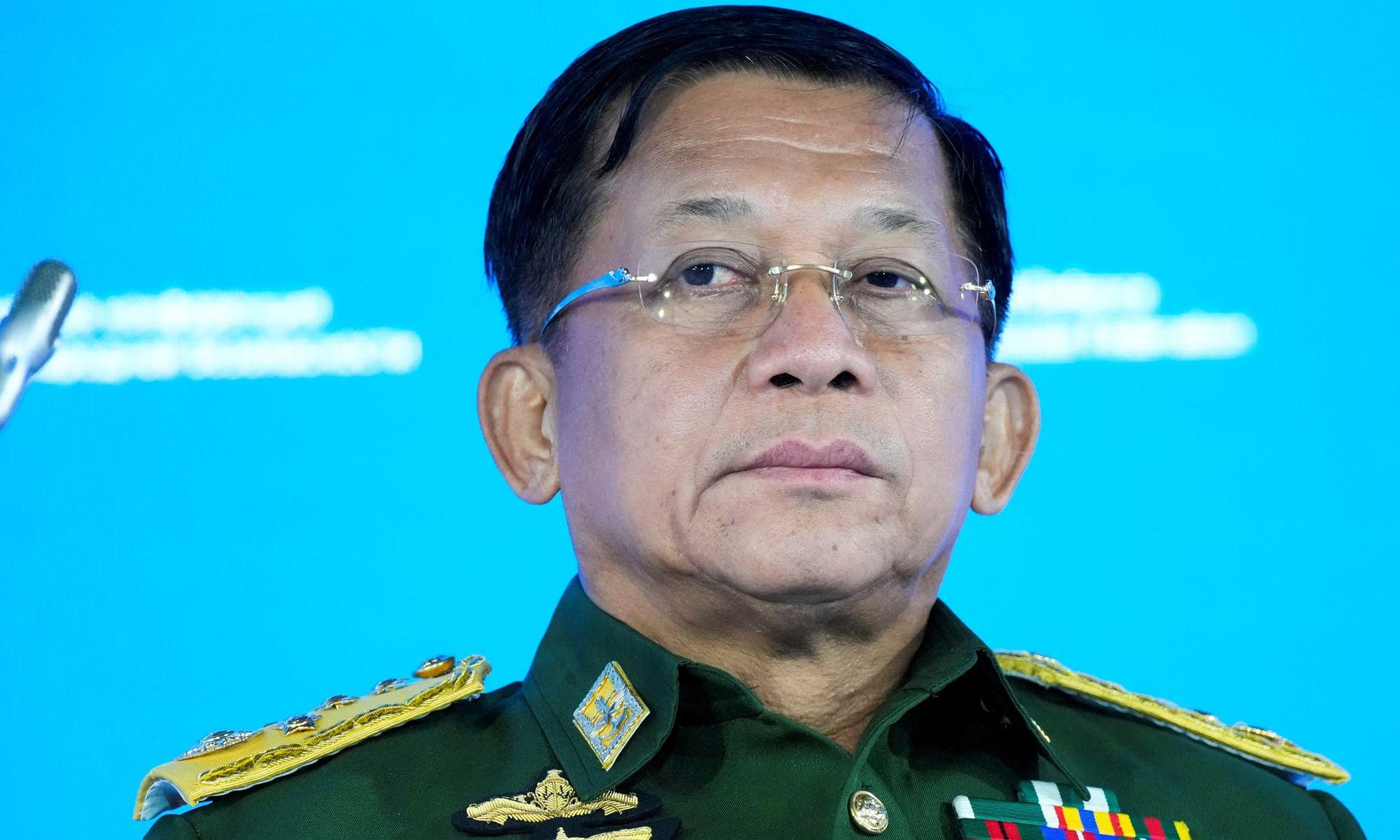 Thống tướng Min Aung Hlaing tại hội nghị ở Moskva, Nga, hôm 23/6. Ảnh: Reuters.