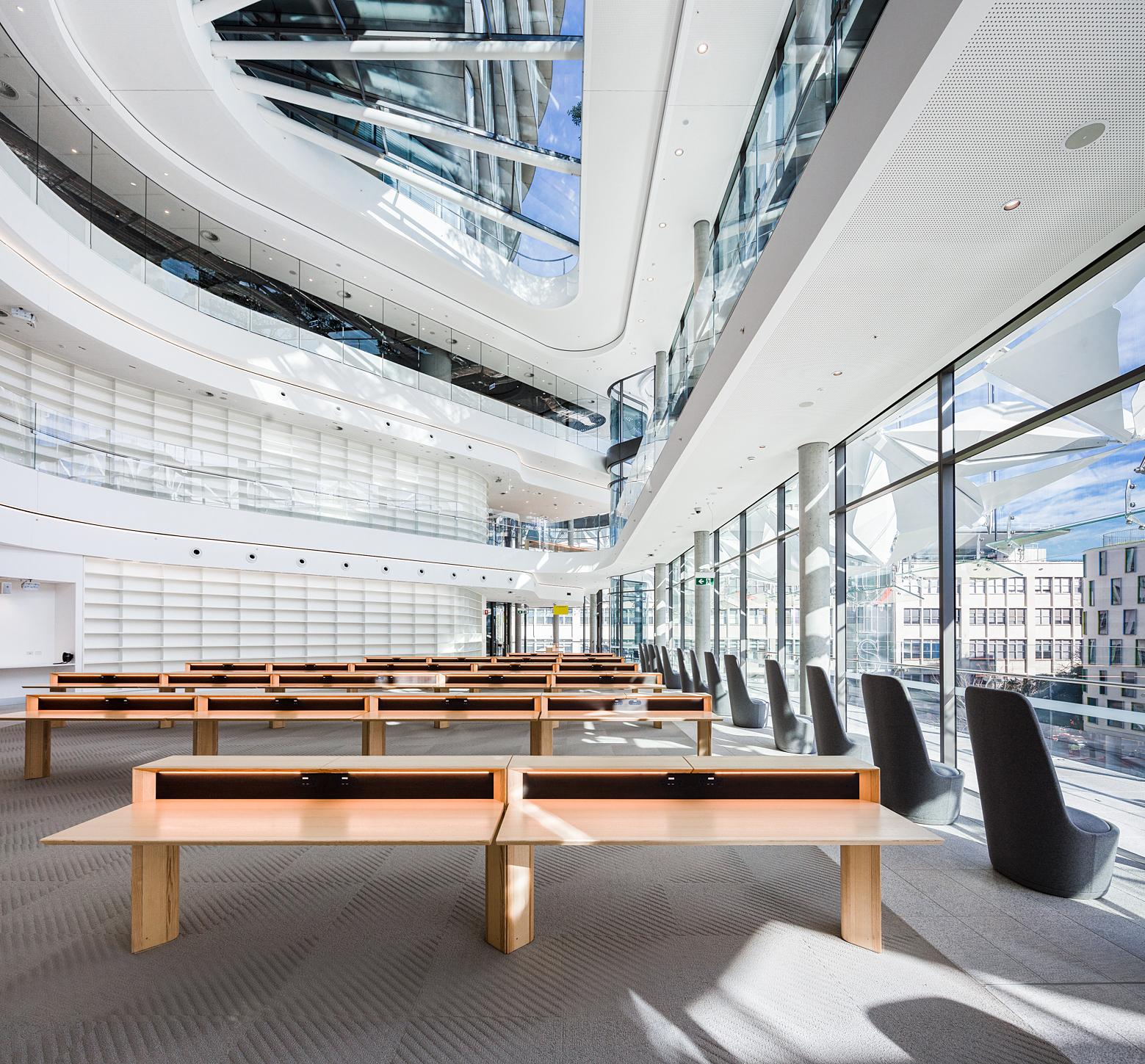 Khuôn viên chính của trường Đại học Công nghệ Sydney.