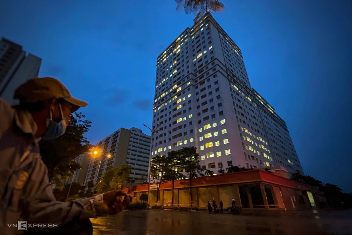 Bệnh viện dã chiến số 3 đặt tại khu tái định cư phường An Khánh (TP Thủ Đức) bắt đầu tiếp nhận bệnh nhân Covid-19 từ ngày 7/7. Ảnh: Hữu Khoa.