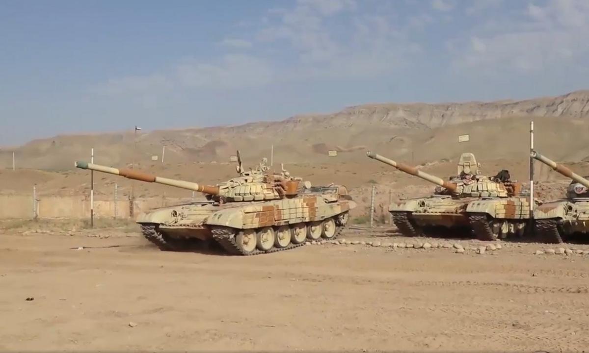 Xe tăng Nga triển khai gần biên giới Tajikistan - Afghanistan ngày 20/7. Video: Vbox7.