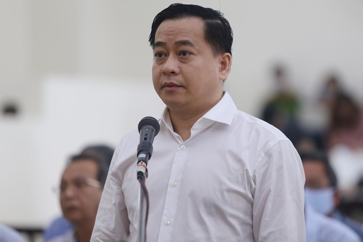 Vũ Nhôm tại một phiên toà ở Hà Nội, năm 2020. Ảnh: Phạm Dự.