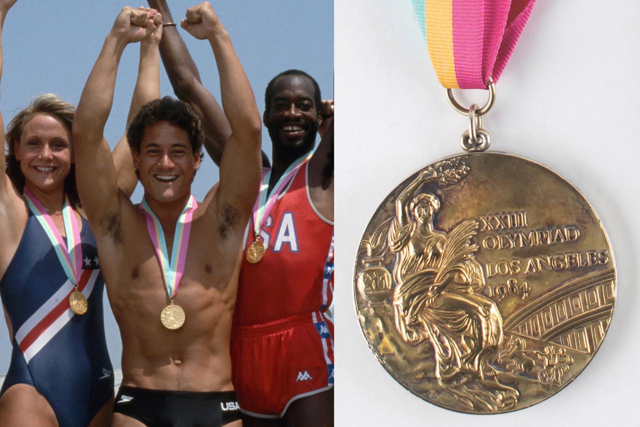 Vận động viên lặn Greg Louganis giành huy chương vàng tại Olympic ở Los Angeles năm 1984. Ảnh: AP.