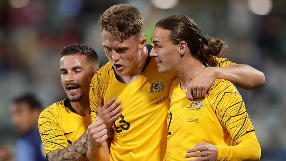 จาก 12 ทีมที่เข้าร่วมในรอบคัดเลือกรอบที่สามของฟุตบอลโลก 2022 - เอเชีย มีเพียงออสเตรเลียและจีนเท่านั้นที่มีปัญหาในการขอให้รัฐบาลมีช่วงเวลากักกันพิเศษเพื่อเล่นที่บ้าน  ภาพ: AFP
