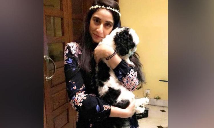 Noor Mukadam, con gái cựu đại sứ Pakistan Shaukat Mukadam. Ảnh: CNN.