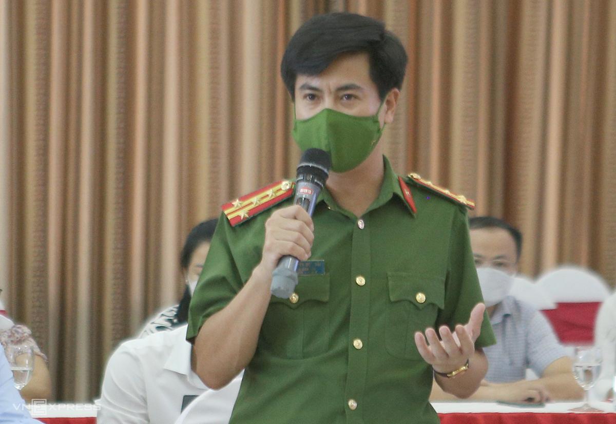 Đại tá Nguyễn Đức Hải nói về vụ án thu 17 con hổ. Ảnh: Nguyễn Hải