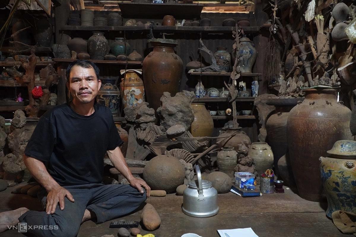 Anh Nguyễn Văn Hưng, rất hài lòng về cuộc sống, đam mê của mình. Ảnh: Trần Hoá
