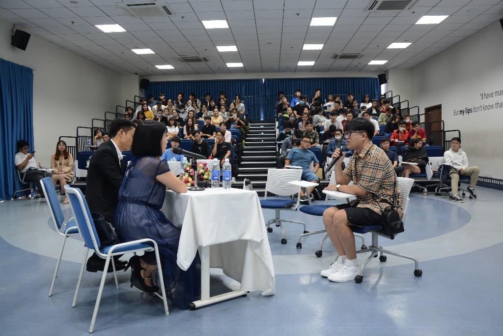 Sinh viên Cao đẳng Hoa Sen tham gia workshop Kỹ năng phỏng vấn xin việc trước khi thực tập chính thức