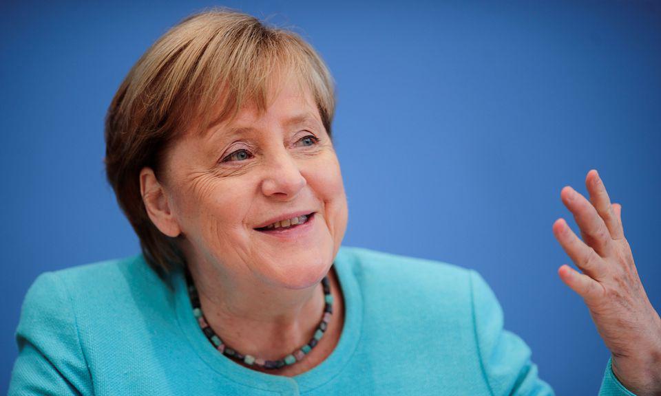 Thủ tướng Đức Angela Merkel trong cuộc họp báo tại Berlin hôm 22/7. Ảnh: Reuters.