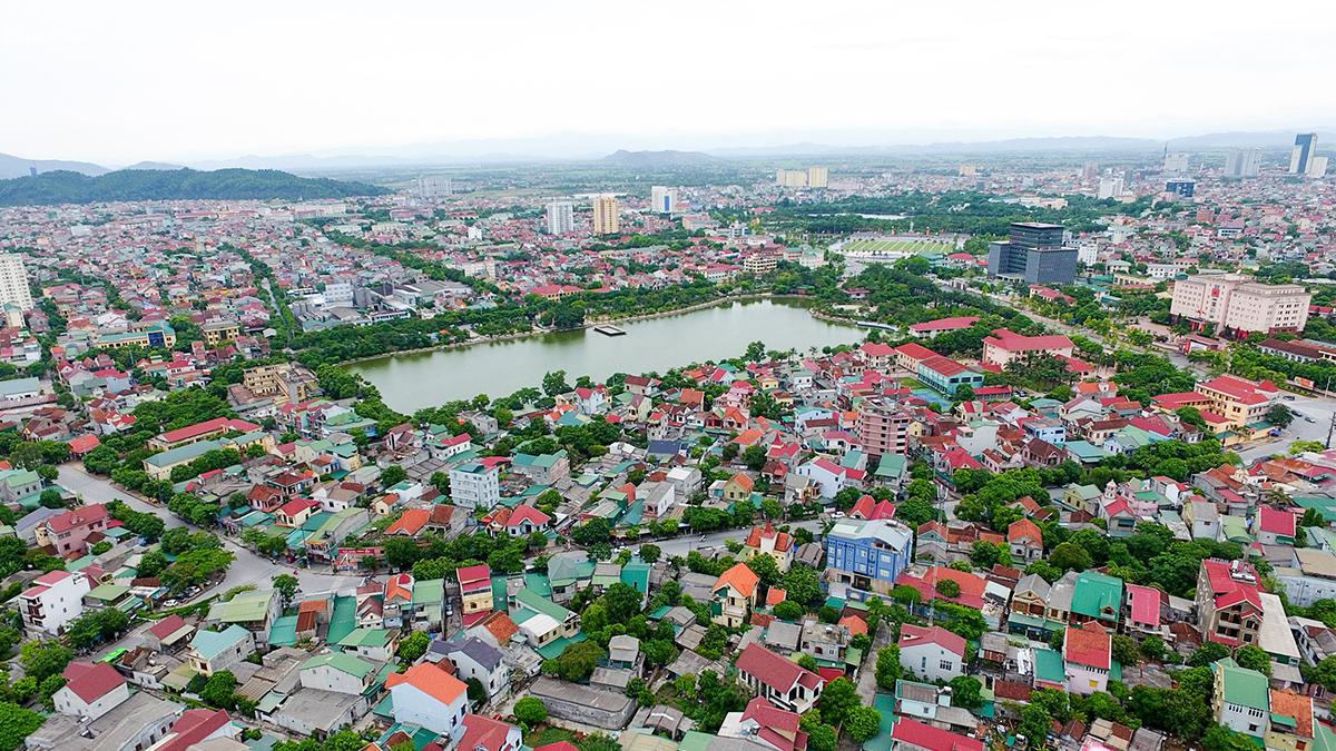 Một góc trung tâm TP Vinh. Ảnh: Sách Nguyễn