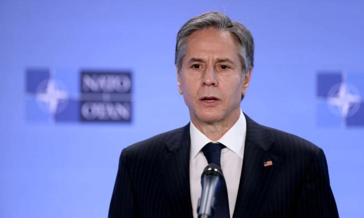Ngoại trưởng Mỹ Antony Blinken phát biểu trong cuộc họp báo tại trụ sở NATO ở Brussels, Bỉ, hôm 14/4. Ảnh: Reuters.