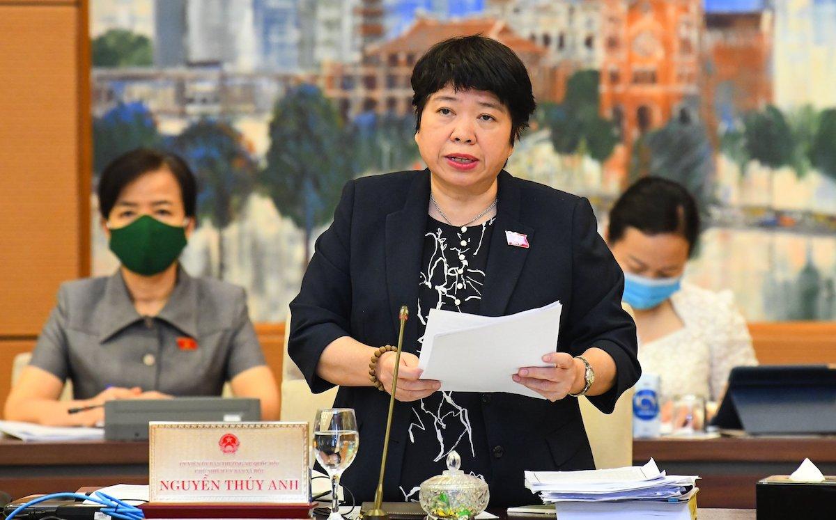 Chủ nhiệm Ủy ban Xã hội Nguyễn Thúy Anh tại phiên họp Thường vụ Quốc hội sáng 17/8. Ảnh: Hoàng Phong