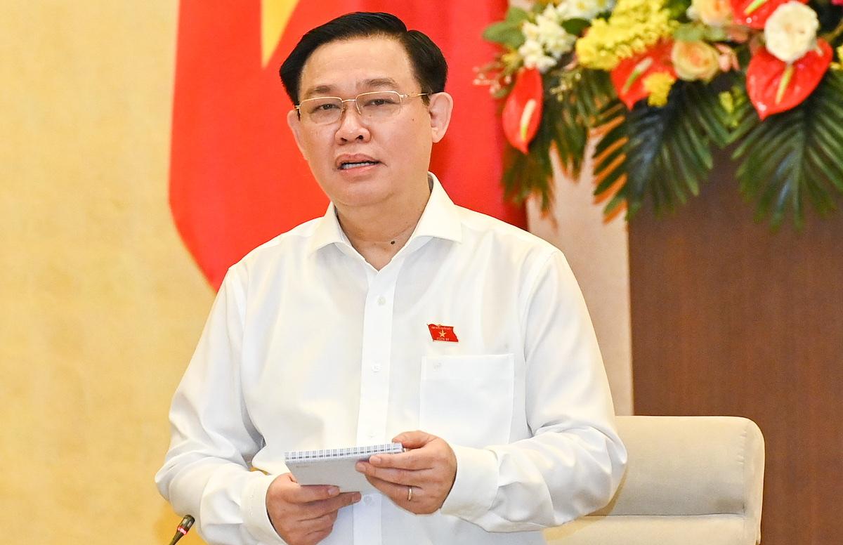 Chủ tịch Quốc hội Vương Đình Huệ cho ý kiến về số kết dư Bảo hiểm Xã hội, Bảo hiểm Thất nghiệp sáng 17/8. Ảnh: Hoàng Phong