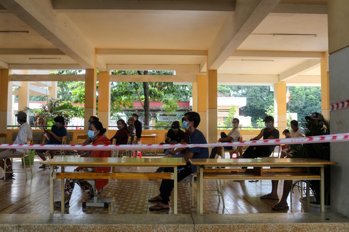 Trường THCS Phú Hữu, TP Thủ Đức được làm điểm tiêm vaccine ngày 15/8. Ảnh: Thành Nguyễn