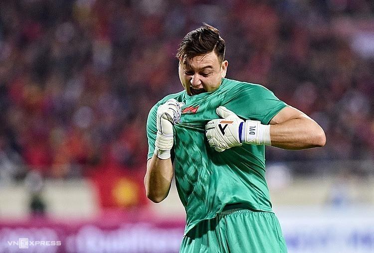 Đặng Văn Lâm vẫn được đánh giá là thủ môn số một tuyển Việt Nam dù chưa ra sân nhiều cho Cezero Osaka.
