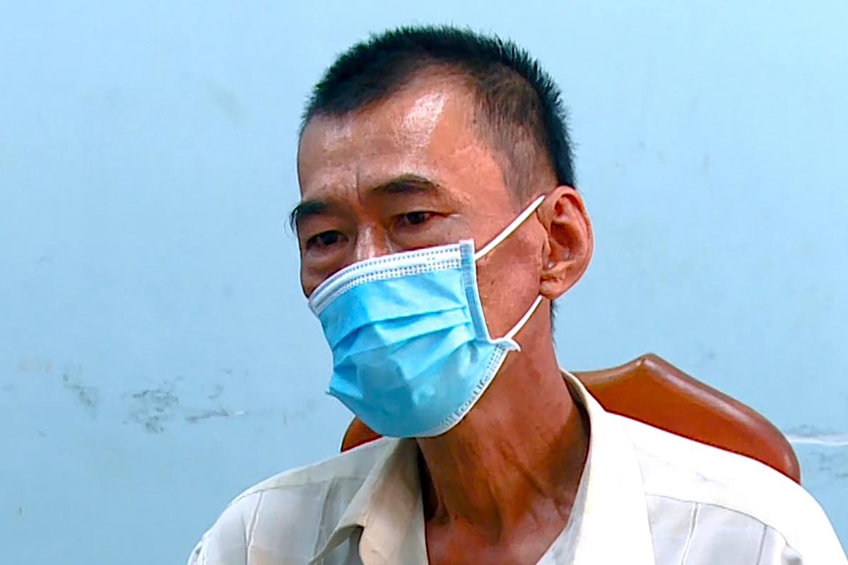 Đinh Điền Trung tại cơ quan công an. Ảnh: An Phước.
