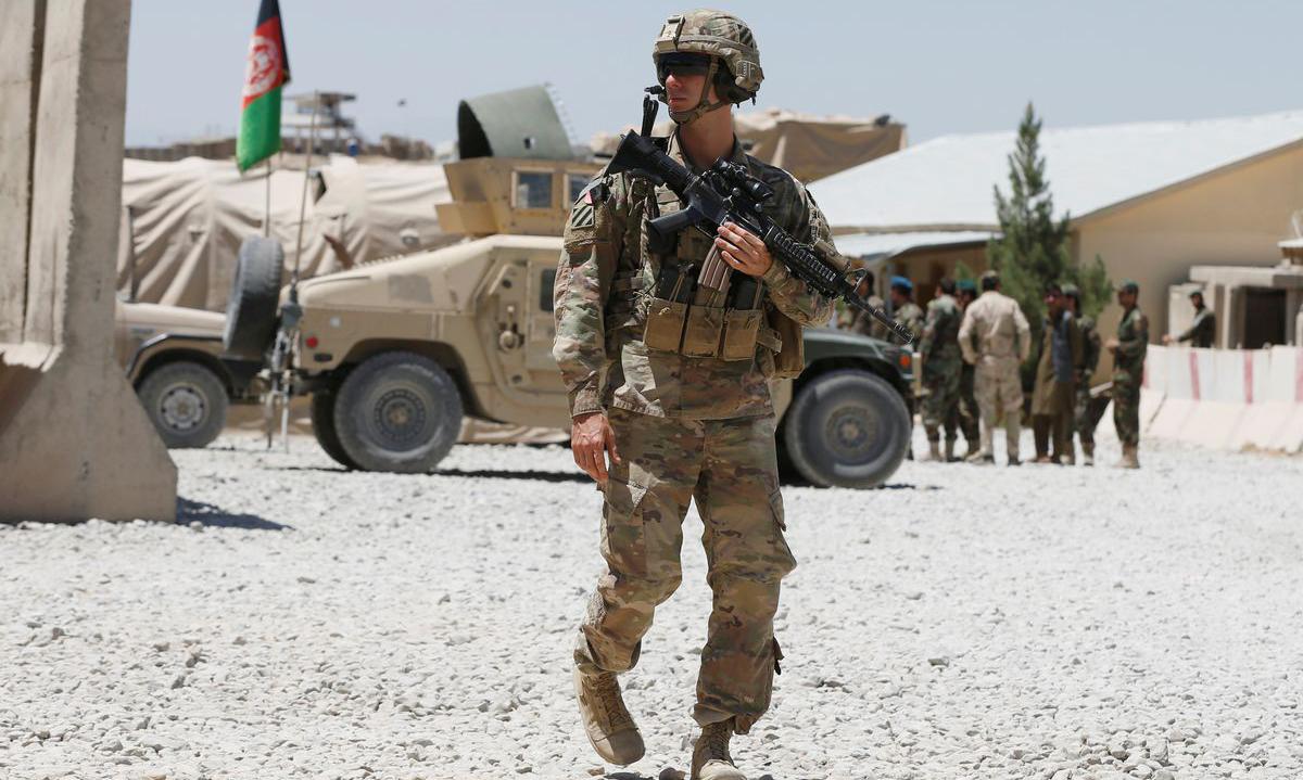 Một lính Mỹ tại căn cứ quân sự ở tỉnh Logar, Afghanistan tháng 8/2018. Ảnh: Reuters.