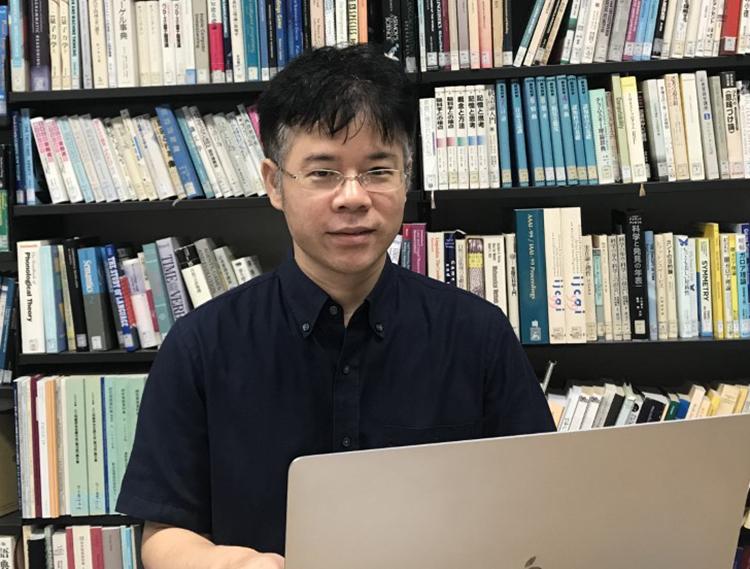 GS. TS Nguyễn Lê Minh. Ảnh: NVCC
