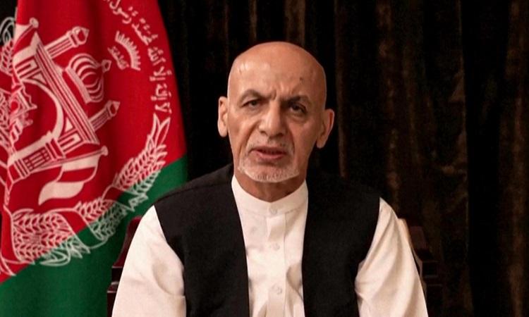 Tổng thống Afghanistan Ashraf Ghani trong video được đăng trên Facebook hôm 18/8. Ảnh: AFP.