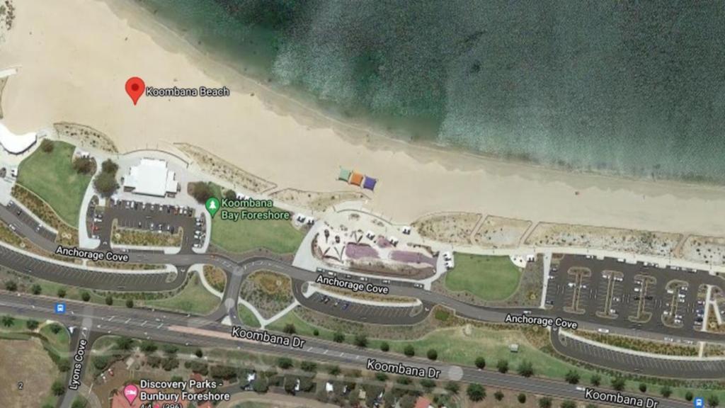 Bãi biển Koombana thuộc thành phố Bunburry. Ảnh: Perthnow/Google Maps