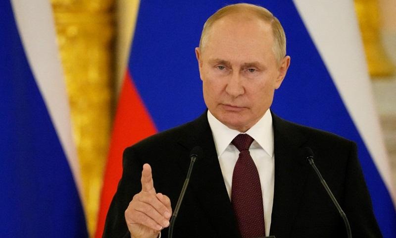 Tổng thống Nga Vladimir Putin tại hội nghị thượng đỉnh với Thủ tướng Đức Angela Merkel ở Điện Kremlin hôm 20/8. Ảnh: AFP.