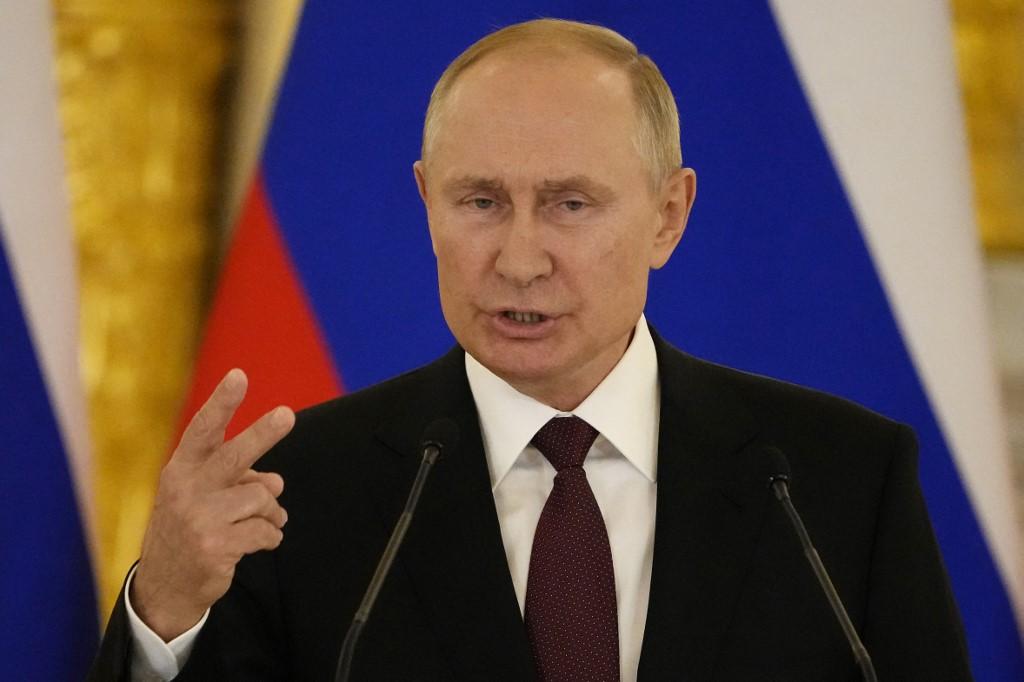 Tổng thống Nga Vladimir Putin phát biểu trong cuộc họp báo chung với Thủ tướng Đức sau cuộc hội đàm ở Điện Kremlin tại Moskva ngày 20/8. Ảnh: AFP