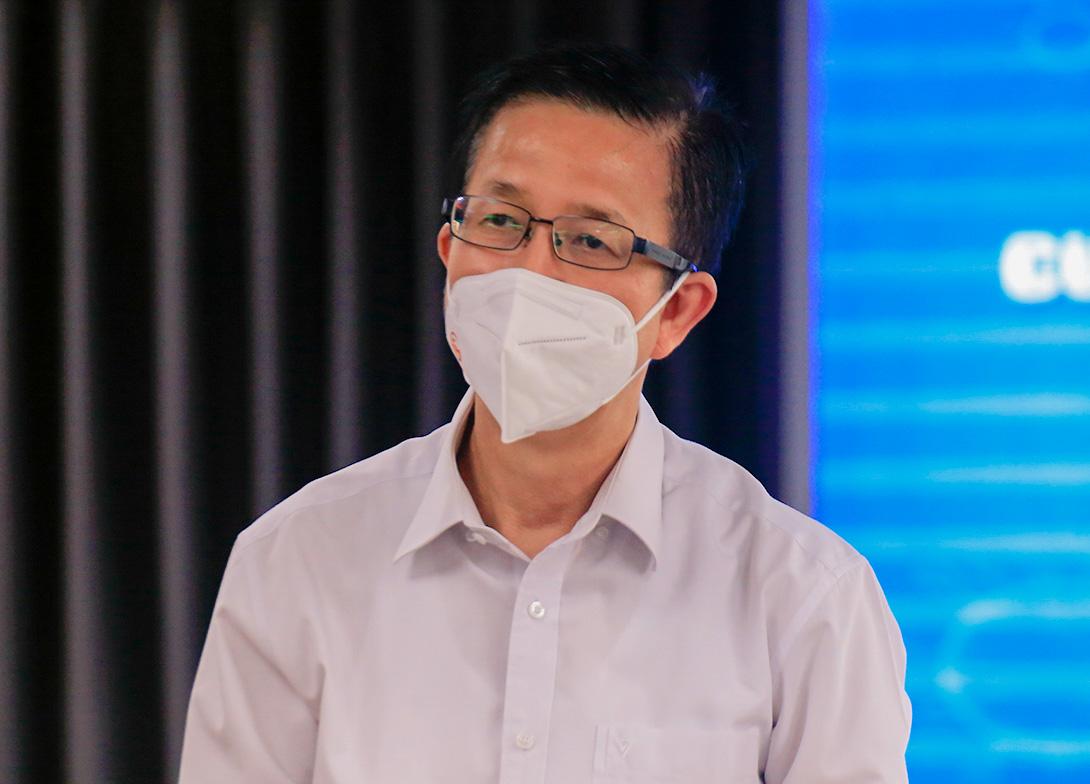 Ông Phạm Đức Hải, Phó ban chỉ đạo phòng chống Covid-19 TP HCM tại buổi họp báo chiều nay. Ảnh: Hữu Công