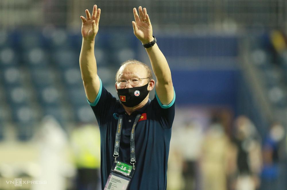 HLV Park Hang-seo ăn mừng trong trận thắng Malaysia 2-1 tại UAE, vòng loại thứ hai World Cup 2022 - khu vực châu Á hồi tháng 6. Ảnh: Lâm Thoả