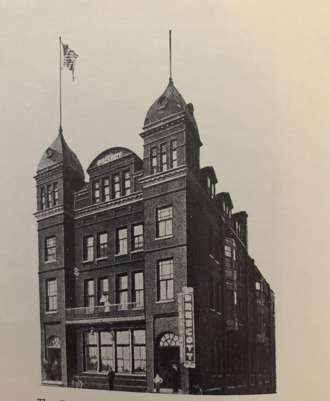 Khách sạn The Prescott là biểu tượng của sự thịnh vượng thành phố Fargo, North Dakota, những năm đầu thế kỷ 20. Ảnh: NDSU Archives