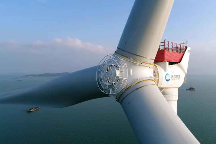 Turbine gió lớn mang lại hiệu quả lớn hơn về mặt sản xuất và tính kinh tế. Ảnh: MingYang Smart Energy