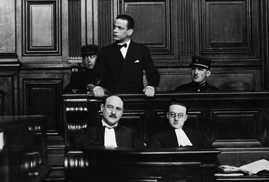 Henri Charrière, Papilpn, hầu tòa ở Pháp, khoảng năm 1930 trong bộ dạng bảnh bao. Ảnh: Allthatinteresting
